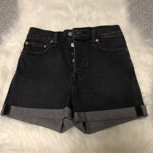 ❗️NWOT Levi's Black Wedgie Fit High Waist Shorts